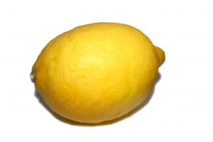 1119989 lemon 1 Spot that lemon! Five things you should always check